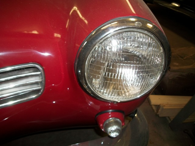 Headlight bucket 1